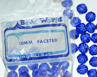 10mm Dark Blue Plastic Beads. Vintage 10mm Plastic Faceted Beads. Dark Blue Faceted Beads. Faceted Plastic Beads.Destash 10mm Acrylic Beads
