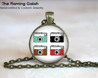 Vintage Camera Pendant. Photography Photographer.  Necklace /Key Ring. Gift Under 20. Handmade in Australia (P0745)