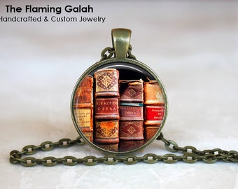 VINTAGE BOOK Pendant •  Old Books •  Book Lover •  Librarian •  Writer • Gift Under 20 • Made in Australia (P1237)