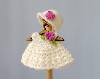 Dollhouse  doll  crochet white  dress,hat. Crochet clothes for baby doll. Dollhouse dress. Dress for newborn doll. Kewpie doll