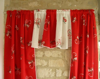 SWEDISH CHRISTMAS CURTAIN / Vintage / Sweden / Printed / Retro / 80s / Red / Textil / Scandinavian / Red / White
