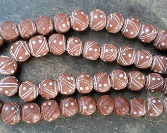 African clay beads, medium, 15/16 mm.diameter, 6 terracotta clay beads