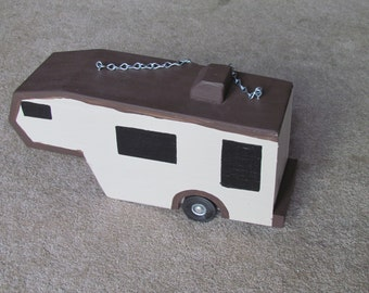 Chocolate birdhouse camper