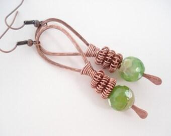 Hammered Copper Hoop Earrings Wire Wrapped  Green Agates Earrings Modern Copper Wire Earrings Contemporary Boho Unique Earrings