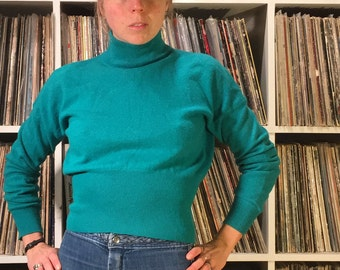 Teal lambswool pullover crop sweater