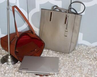Monogrammed Bucket Style Handbag/ Bucket Style Tote/Great Gift/ All Season Bag