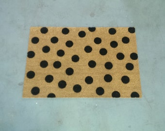 "LARGE Polka Dot Doormat - 24""x35"" (color opts.)"