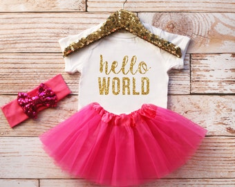 Hello World Onesie, Hello World Bodysuit, Baby Girl Bodysuit, Baby Girl Clothes, Baby Girl Outfit, Girl Coming Home Outfit, Baby Shower Gift