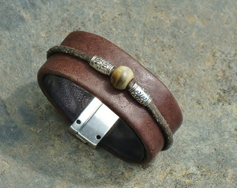 Unisex jewelry, bracelet-brown leather cuff, magnetic clasp, handmade in the Canada