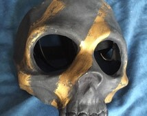 Vampire Skull Mask - Black and Gold