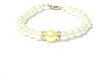 White and yellow pearl bracelet, white pearl bracelet, yellow pearl bracelet, beaded bracelet, bridesmaid bracelet, bridal bracelet