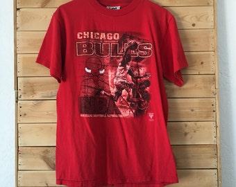 Chicago Bulls Shirt // Vintage Chicago Shirt // Vintage Chicago Bulls