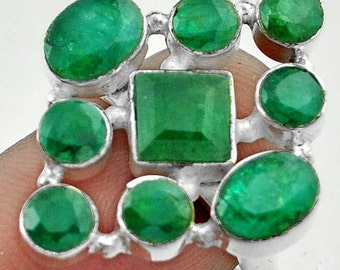 Ring sterling silver. 925 Emeralds