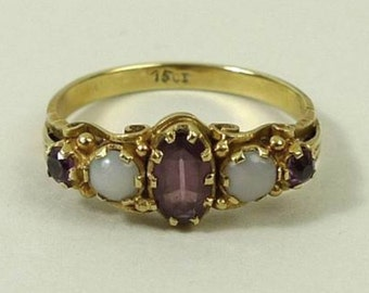 A Victorian Opal and Amethyst Ring
