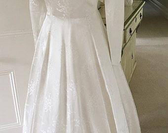 Vintage 1950s Ivory Duchess Satin Wedding Dress