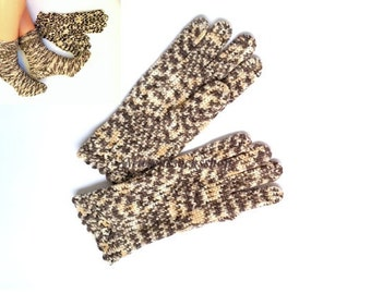 Gloves with fingers Hand knitted white beige gloves with fingers Hand knitted Wool Gloves Women's beige gloves with fingers Girl's gloves