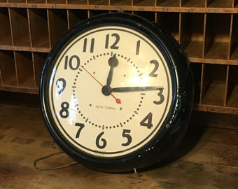 "Large vintage Seth Thomas 18"" 'president' model school clock."