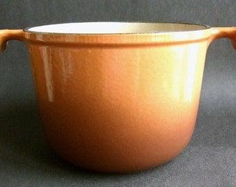 Vintage Le Creuset Enamel Pot ~ French cast iron fondue pan Enzo Mari La Mama two tone caramel country kitchen casserole 70's retro cookware
