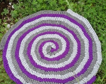 Handmade lycra webbing hook rug