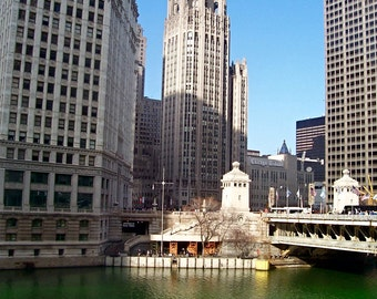 Along the Chicago River (PHOTO INSTANT DOWNLOAD) by Mike Kraus