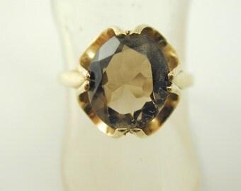 Smokey quartz solitaire ring 9 carat gold size R 1/2 3.36 carts 3.2 grams 1989
