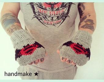 Fingerless gloves, Batman v Superman, Dawn of Justice, Batman, Superman, original mitts, handmade, DC Comics, superhero, winter mittens