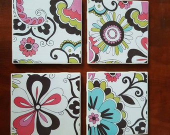 Drink Coaster Set Retro Flower Design
