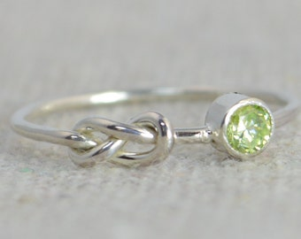 Peridot Infinity Ring, Sterling Silver Stackable Rings, Mother's Ring, August Birthstone Ring, Infinity Ring, Silver Peridot Ring