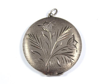 Vintage large silver locket, sterling silver locket pendant, round photo frame pendant, large locket, 1975, picture pendant 1970s
