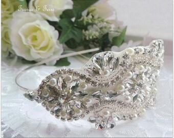 Vintage wedding side tiara, bridal side tiara, vintage wedding hair accessories, wedding head band, wedding side tiara, side tiara