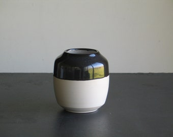 Ceramic vase. Vase white stoneware white and black. Vase pottery 12.5 cm. Two-tone vase.