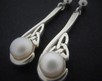 Trinity knot freshwater pearl earrings - Celtic Trinity knot earrings - handmade in Ireland - Free worldwide shipping