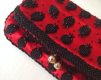 Vintage 50s Beaded SILK clutch/Vintage 50s evening bag/Red clutch/1950s evening bag/rockabilly purse small handbag retro pin-up gift women