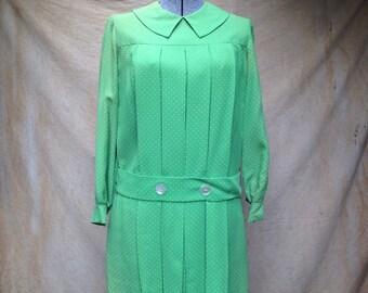 Vintage Peter Pan Collar Dress // Green White Dot by Bonwit Teller 1960s size small
