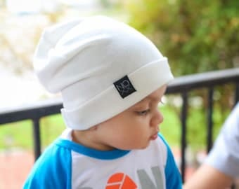 White Slouchy Beanie / Lightweight Slouch Hat