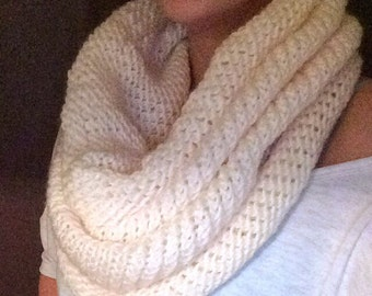 Women's Knit Infinity Scarf With Color Options