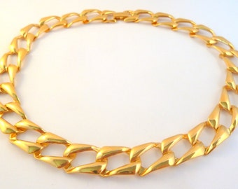 Vintage Chunky Napier Gold Tone Curb Chain Necklace.