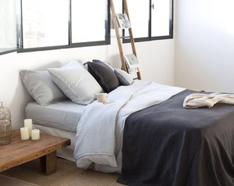 GREY Linen DUVET Cover and two pillowcases,  Stonewashed Belgian-flax, King, Queen.