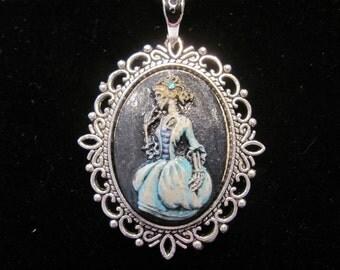 Pretty Lady Skull Cameo Necklace