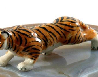 Tiger - handpainted porcelain figurine  - 5083