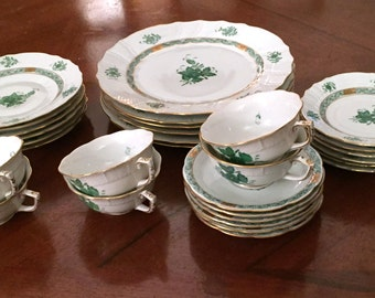 Vintage Herend Chinese Bouquet Green for six – classic tabletop beauty (Mother's Day, anyone?)