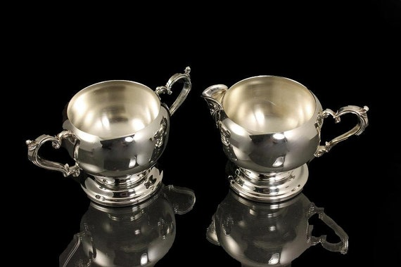 Wm Rogers, Silverplate, Covered Sugar Bowl and Creamer