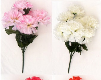 7 Head 8cm Carnations Posy