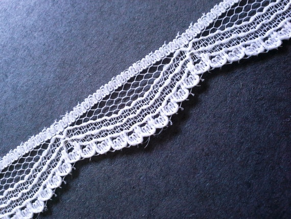 Vintage Victorian Swag White Lace Trim By The Yard From