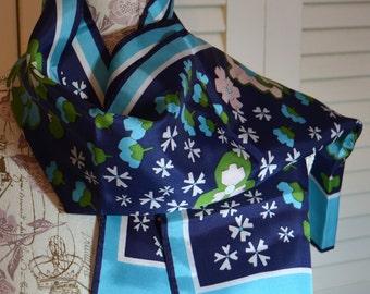 Vintage Retro Scarf Blue Green White Flower Design Unsigned Vintage Scarf Vintage Fashion Retro Fashion Blue Flowered Scarf