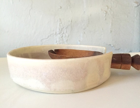 White and pink modern ceramic spoonrest
