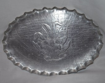 Hammered Aluminum Vintage Oval Tray