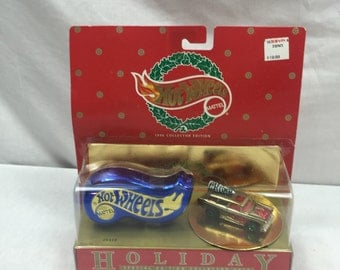 Hot Wheels 1996 Holiday Gold Chevy Nomad