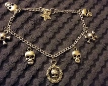 """Handmade charm bracelet - skulls (""""antique silver"""")"""