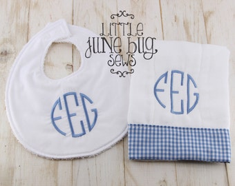Gingham Circle Monogram bib and burp cloth set, Baby Boy or Girl Monogram Gift Set, Circle Monogram Bib and Burp Cloth Set